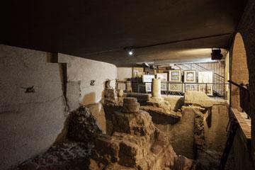 ירושלים של מטה. ממצאים שנחפרו בקארדו (צילום: אביעד בר נס)