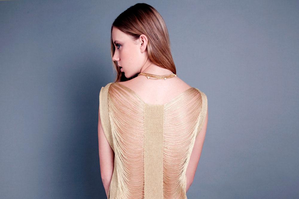 הוכחה לכך שמעצבי האופנה צריכים לשים יותר דגש על טקסטיל. מתוך הקולקציה הראשונה של נולה   (צילום: מיכאל פיש)