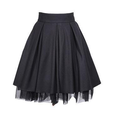 """למראה """"יומני קארי בראדשו"""": חצאית נפוחה, 990 שקל, מיכל נגרין (צילום: יואב ריינשטיין)"""