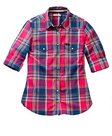 """למראה """"נוכלת בהזמנה"""": חולצה משובצת, 229 שקל, לי (צילום: עפר בארי)"""