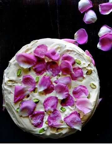 שילוב מיוחד של טעמים. עוגת אהבה פרסית (צילום: Oddur Thorisson)