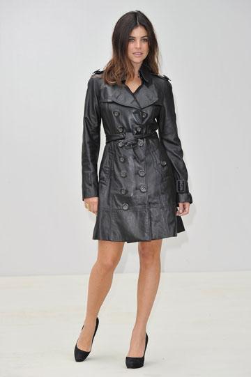 בעיקר לובשת שחור. ג'וליה רסטוין רויטפלד (צילום: gettyimages)