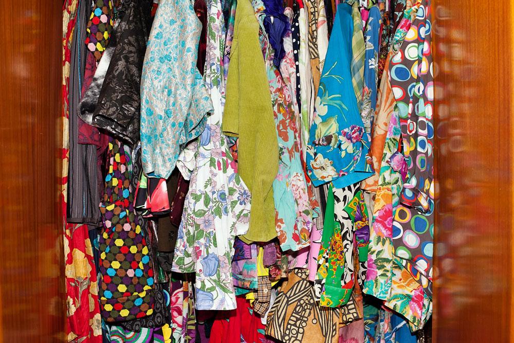 """""""לוקח לי חצי דקה בבוקר להחליט מה ללבוש"""" (צילום: ענבל מרמרי)"""