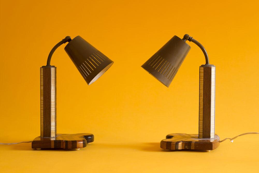 מנורות הלילה של בני הזוג (צילום: גדעון לוין)