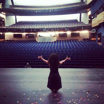 """""""אני מקבלת אורגזמה מלהיות על הבמה"""" (צילום: יוליה פרידמן)"""