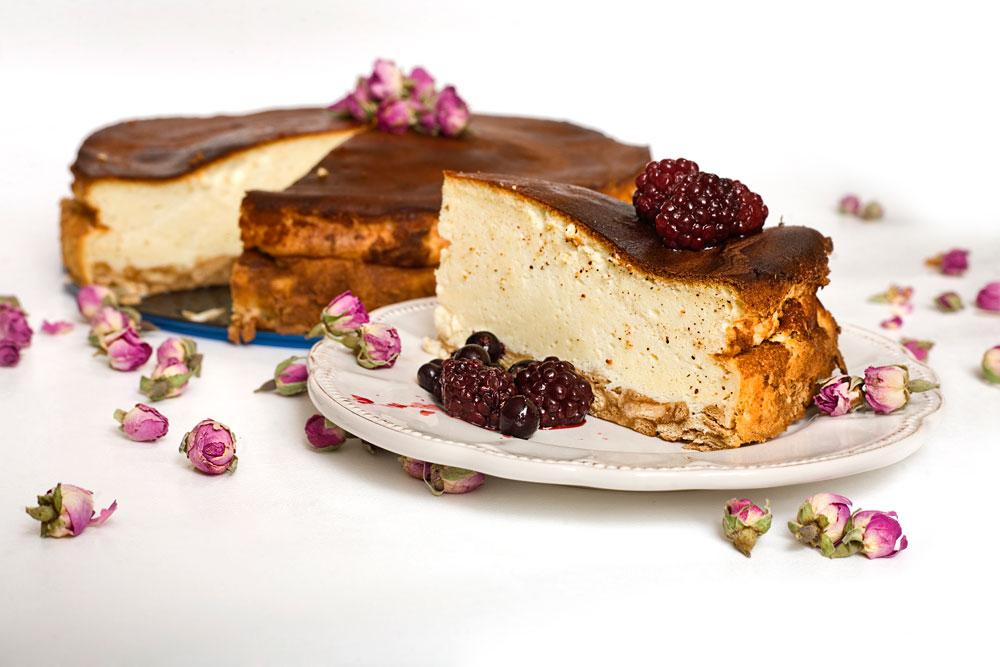 עוגת גבינה אפויה (צילום: עדי קראוס)