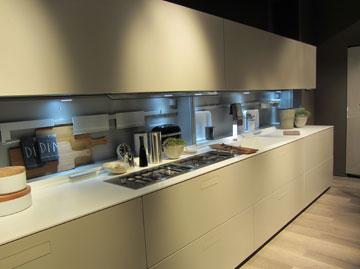 מטבח של Composit (צילום: עופר רוסמן)