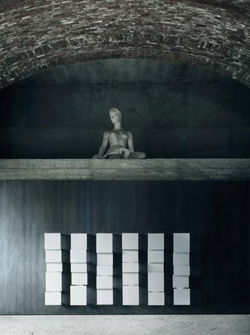 ''התחלתי לדפוק על דלתות'' (באדיבות ויקטור ואסילב)
