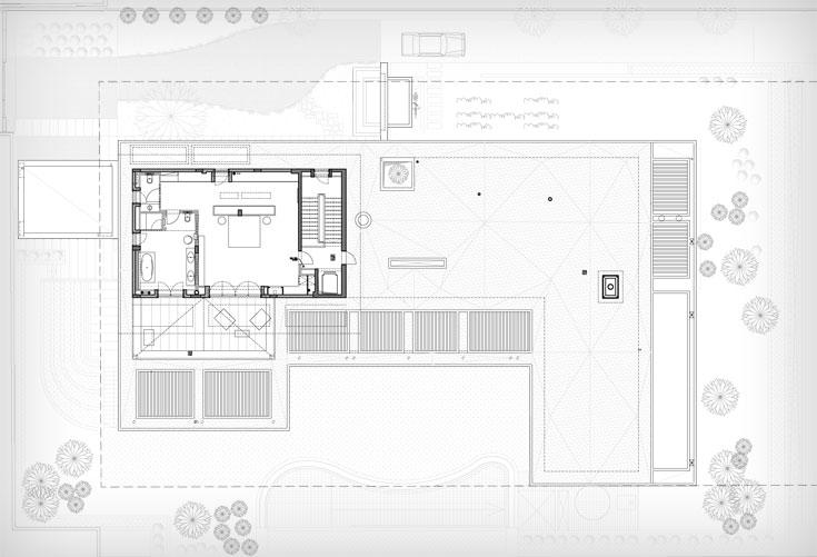 תוכנית הקומה העליונה, שבה חדר השינה הראשי ומרפסת גג גדולה (תוכנית: פלסנר אדריכלים)