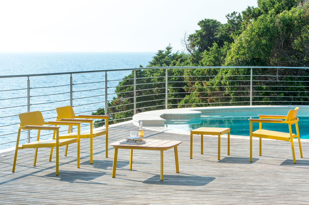 עוד לקראת הקיץ: כיסאות ושולחנות של אריק לוי לבית העיצוב EMU