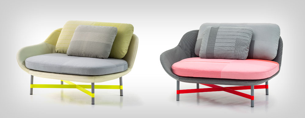 אותו צמד ואותה סקלת צבעים, הפעם בכורסאות מקוריות שלהם לבית העיצוב האיטלקי Moroso (צילום: PHOTO By Alessandro Paderni)