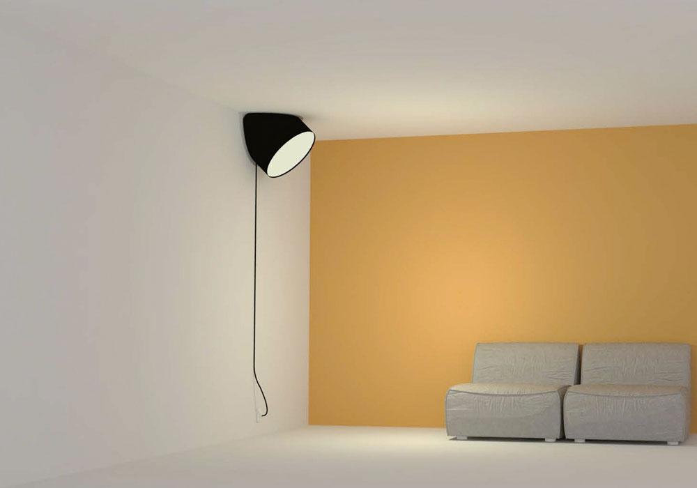 ''45 מעלות'' של Tuomas Auvinen הפיני, שזכה בתחרות הכישרונות של חברת  Muuto הדנית. העיצוב מאפשר להציב אותה בין התקרה לקיר, ובכך להדגיש פינה שולית בבית כך שתהפוך למוקד עניין (צילום: Muuto)