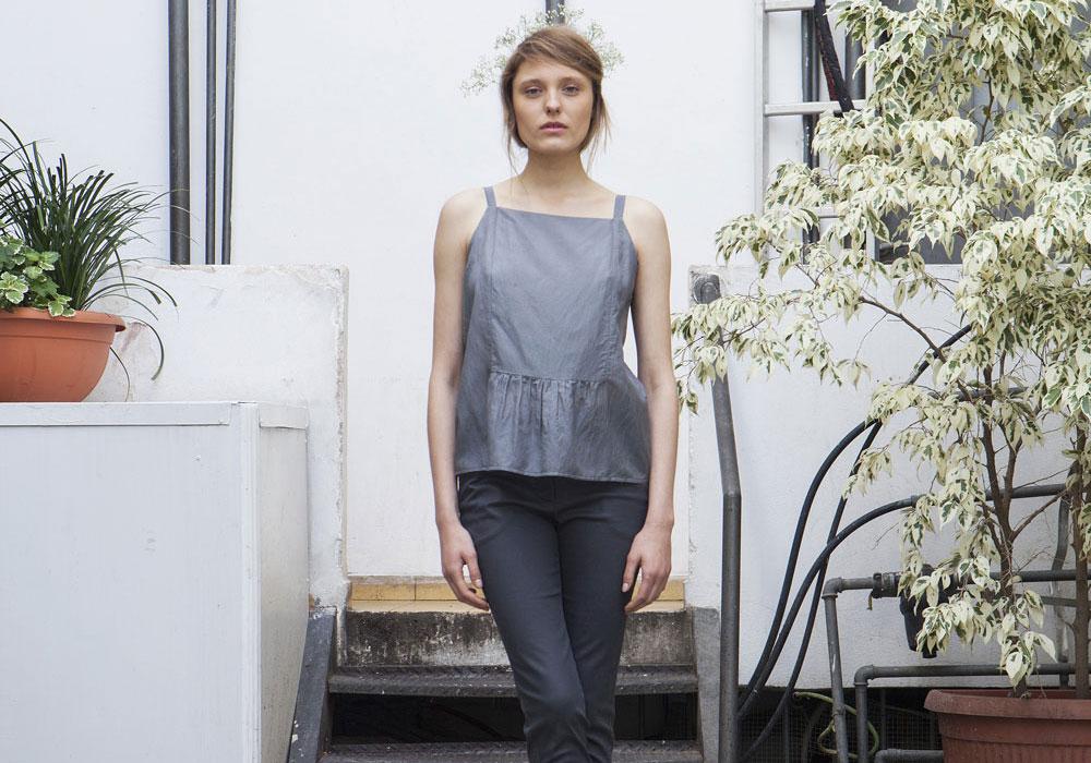 גרטרוד. בגדים פרקטיים עם טוויסט, בהם תרגישי נינוחה בשעות העבודה, במהלך חופשה או באירוע קליל (צילום: רוני כנעני)