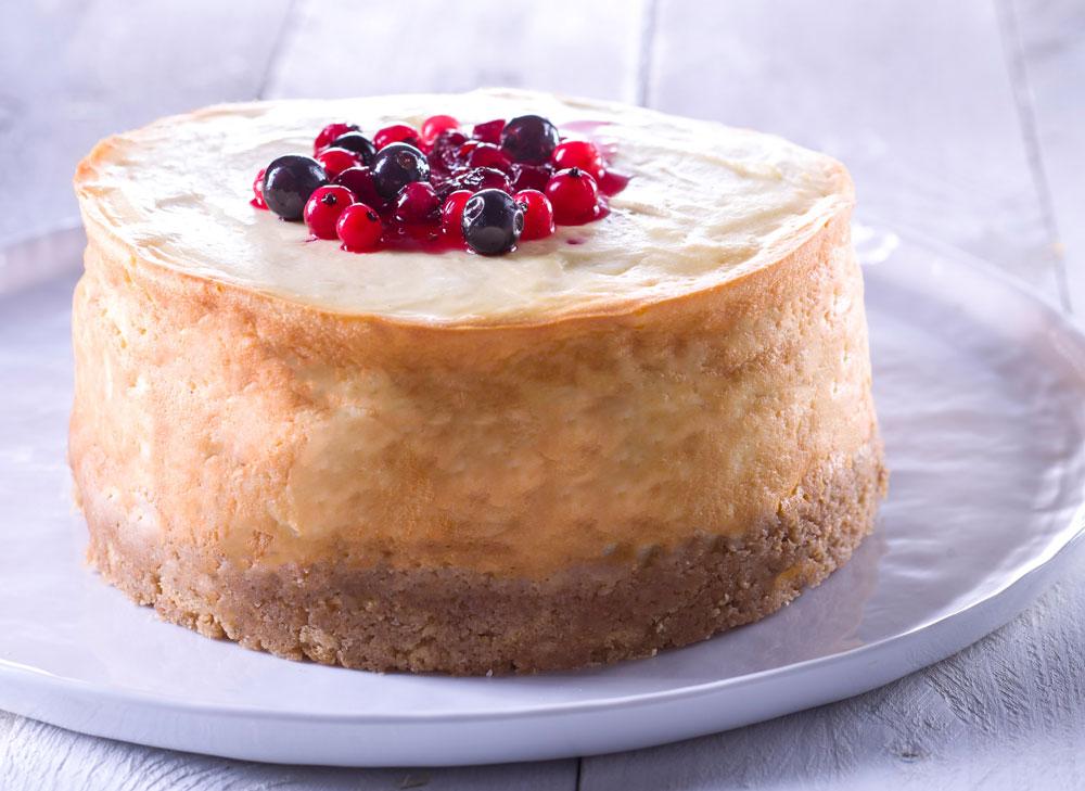 קלאסית, אבל עם טוויסט. עוגת גבינה עם מרכיב מפתיע (צילום: שי אפגין)