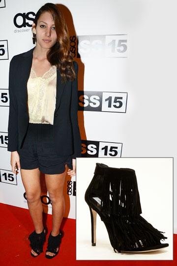 נערת ישראל היוצאת, דורון מטלון, מצייתת לטרנד הפרנזים ומתחדשת בנעליים של סטיב מאדן (599.90 שקל) (צילום: ניר פקין)