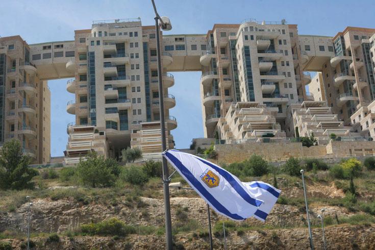 המתחם שכיער את נוף ירושלים באופן בלתי הפיך: פרויקט הולילנד (צילום: אלכס קולומויסקי)
