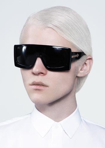 קיץ 2012: משקפי מסכה של קארן ווקר לרשת אופטיק דורון