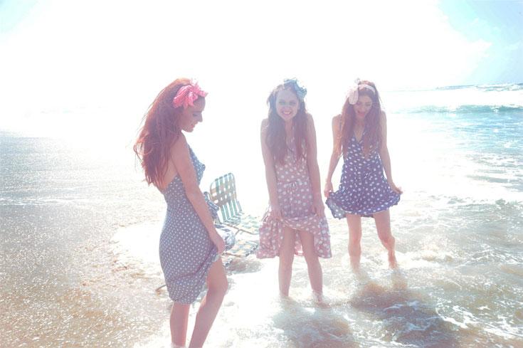 קולקציית אביב-קיץ 2012 של נעמה בצלאל. שמלות קלילות לכל מטרה (צילום: איתן טל)