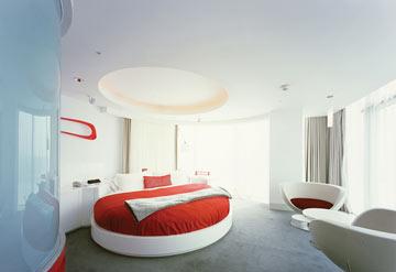 חדר במלון W בסיאול, 2004. סופר מודרני (צילום: באדיבות אילן ויסברוד)
