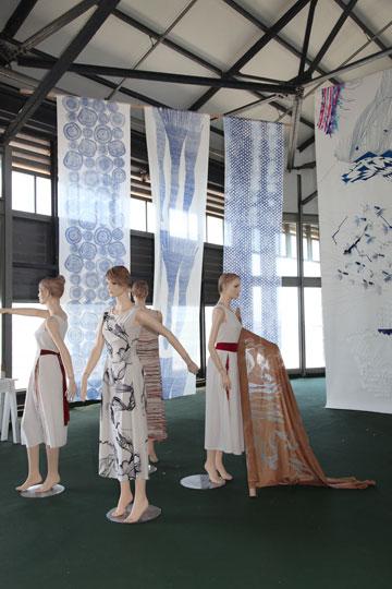 תערוכת הבוגרים של המחלקה לטקסטיל בשנקר (צילום: תמי דהן)