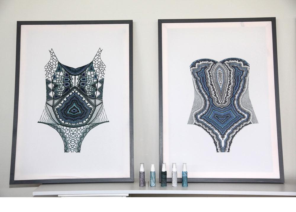 הפרויקט של יסמין אידלמן: הדפסים עדינים, מצוירים ביד ומפורטים להפליא, שצבעוניותם נגלית לעין רק אחרי שהם נרטבים במים.  ''זו דוגמה למחשבה כוללת'', מסביר צייג. ''יש כאן עיצוב אופנה, דפוס, חידוש טכנולוגי וקונספט'' (צילום: תמי דהן)