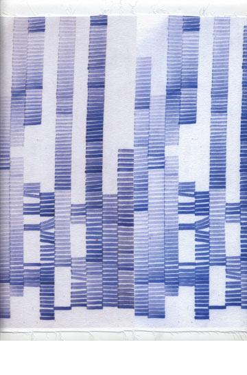 ציורי המים של עדן קורן על בד כותנה. הפשטה קונספטואלית של עולם הדפוס וחותמות עתיקות יומין (באדיבות שנקר)