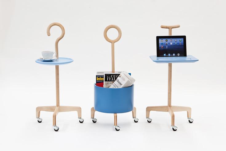 הקולקציה המבריקה של הסטודיו הצעיר לעיצוב ''לאנצאווקיה + ווי'' זכתה לשבחים בשבוע העיצוב האחרון במילאנו. כאן בתמונה: מקלות הליכה רב שימושיים. כדי לראות גם כיסא שקל לקום ממנו ומנורה שהיא גם זכוכית מגדלת, לחצו על הלינק בסוף  הכתבה (צילום: DAVIDE FARABEGOLI)