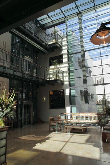 בניין משרד עורכי הדין ש. הורוביץ (צילום: אמית הרמן)