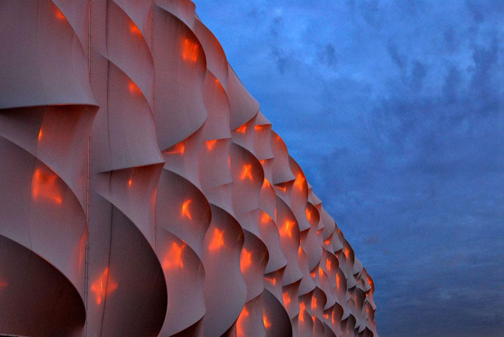 זהו אחד המבנים הבולטים באולימפיאדה הקרובה, אך הוא לא נמצא שם כדי להישאר. אולם הכדורסל נבנה בשביל המשחקים, ובשבילם בלבד. כשהם מסתיימים, גם הוא מסיים את תפקידו