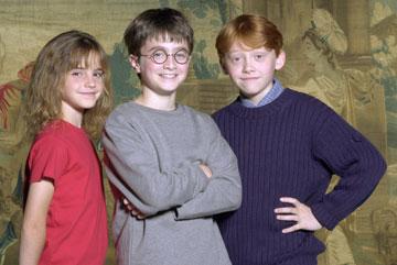 """אמה ווטסון וחבריה ל""""הארי פוטר"""", 2000. מיליוני קנאיות ברחבי העולם (צילום: gettyimages)"""