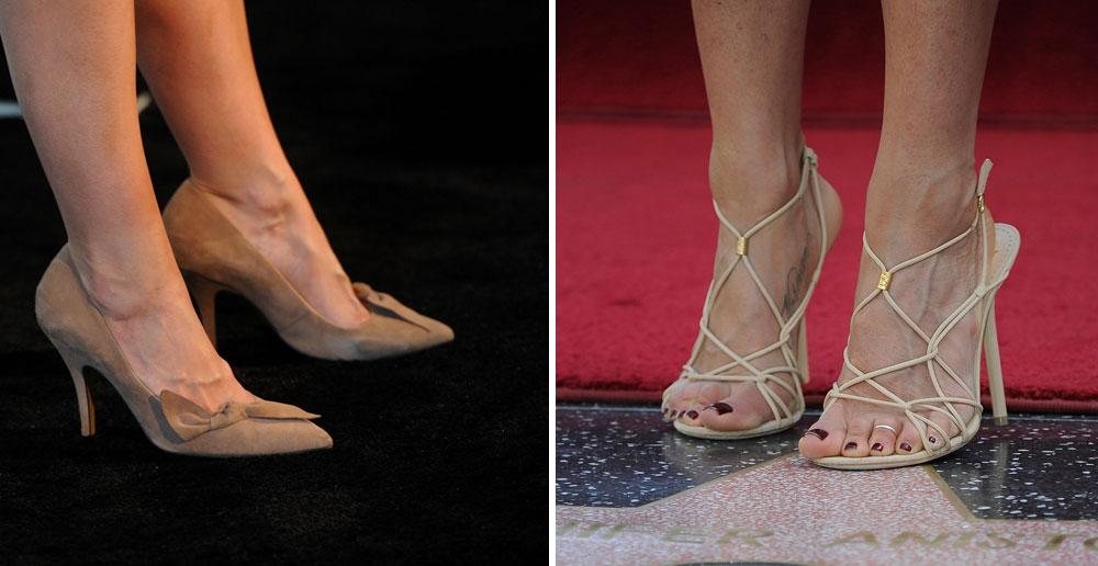 מצעד הבושה. הרגליים של הנשים היפות בעולם: ג'ניפר אניסטון (מימין) וקייטי הולמס (צילום: gettyimages)