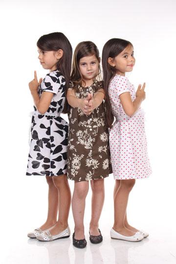 בטרמינל עיצוב בת ים: בגדי ילדות של שרית לולאי למותג נוקילה  (צילום: עדי שאנס)