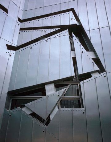 המוזיאון היהודי בברלין, שהזניק את ליבסקינד לתודעה העולמית (צילום: BitterBredt)