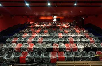 האודיטוריום. 180 מושבים (צילום: אייל תגר )
