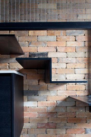 מדרגות בצורת האות Z (צילום: עמית גרון )