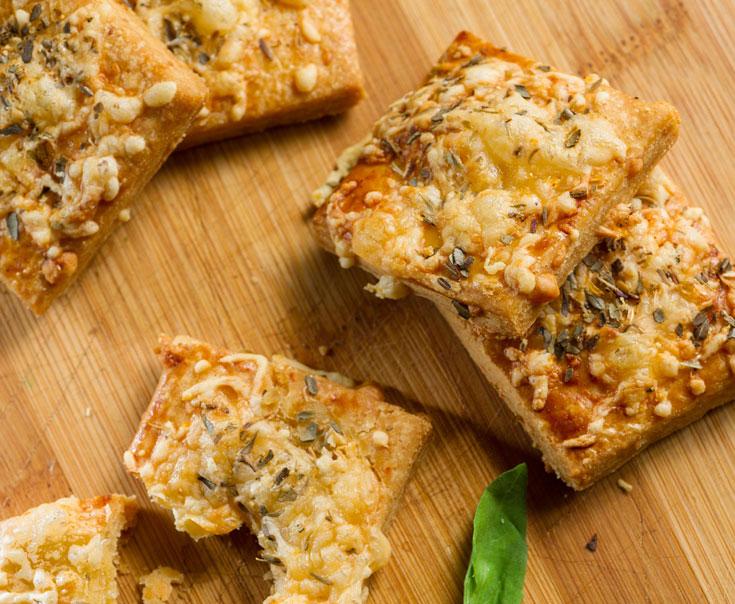 עוגיות גבינה פיקנטיות (צילום: דודו אזולאי )