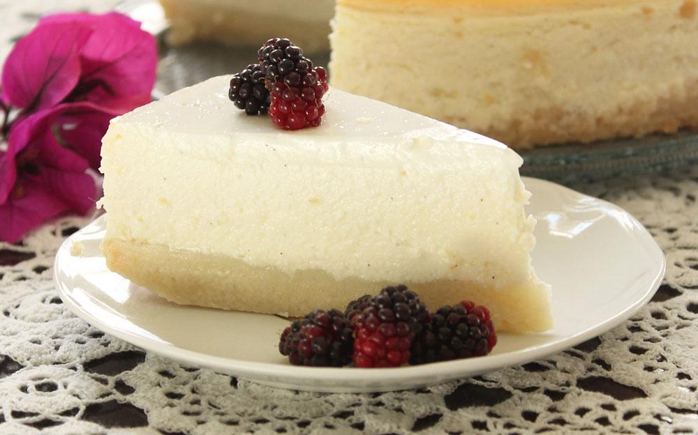 עוגת גבינה אפויה עם מרקם קרמי במיוחד (צילום: אורלי חרמש)