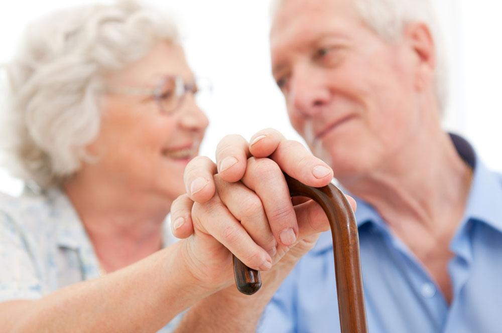 בדידות הורגת יותר קשישים מאשר סיגריות וכולסטרול גבוה (צילום: shutterstock)