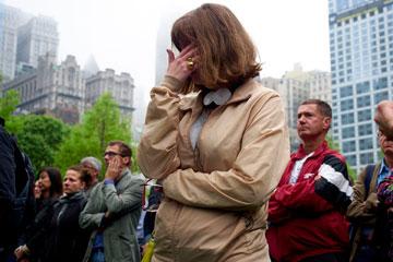 דמעות במהלך אחד מטקסי הפתיחה (צילום: gettyimages)