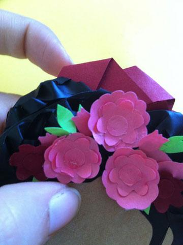 פרחים בעלי שכבות ותלת מימד (צילום: אפרת חסון דה בוטון )