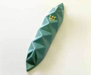 מזוזה בהשראת אוריגמי של סטודיו ''ארמדילו'': ''איך מעצבים מוצר כך שיגרום הנאה אסתטית גם למי שאינו רואה?'' (צילום: סטודיו ארמדילו)