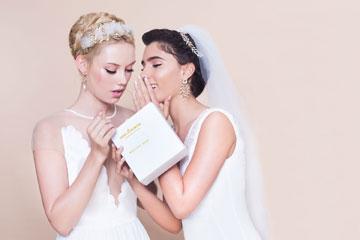 מור ממן וסשה שוטורוב. עדיין לא מתחתנות (צילום: עמיר צוק)