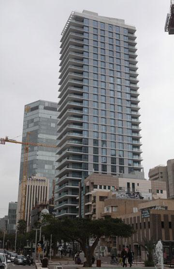 מגדל ברוטשילד. מה הסיכוי שתשלמו כאן 500 דולר שכר דירה? (צילום: אוראל כהן, כלכליסט)