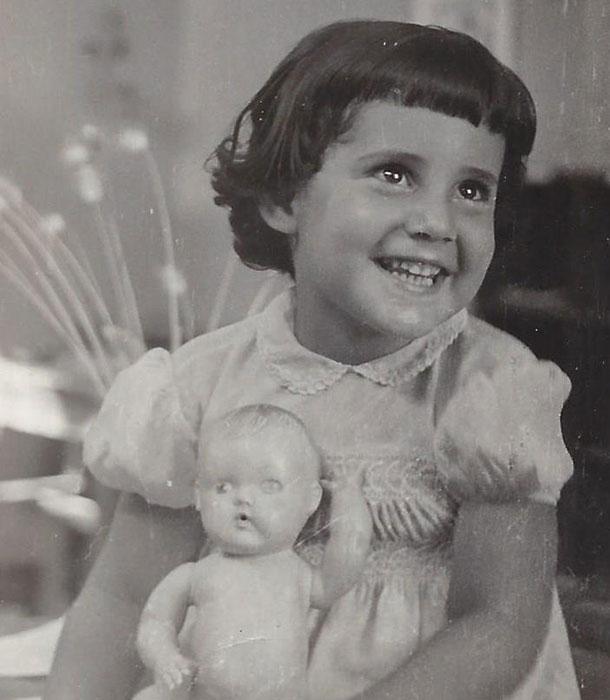 סבתא הבטיחה - ולא קיימה. אסנת והבובה