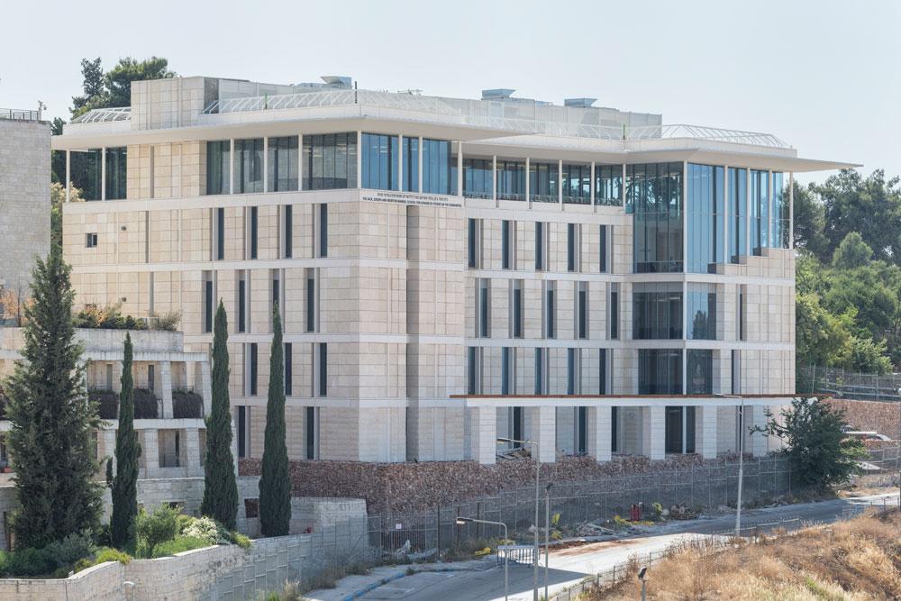 בניין מנדל ללימודים מתקדמים במדעי הרוח. תכנון: מייקל מקינל. אדריכלים מקומיים: תמי יניב ואסף לרמן. שטח: 4,600 מ''ר (צילום: אלי סינגלובסקי )