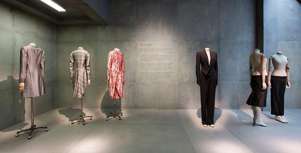 ידע לבנות בגדים, לא רק לדבר על השראה (באדיבות Victoria and Albert Museum, London )