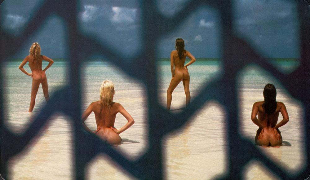 ההשתתפות בלוח השנה של פירלי הפכה לחותמת המאשרת את הסקסיות וההצלחה של הדוגמניות. מתוך לוח השנה לשנת 1984 (© Dal Calendario PIRELLI )