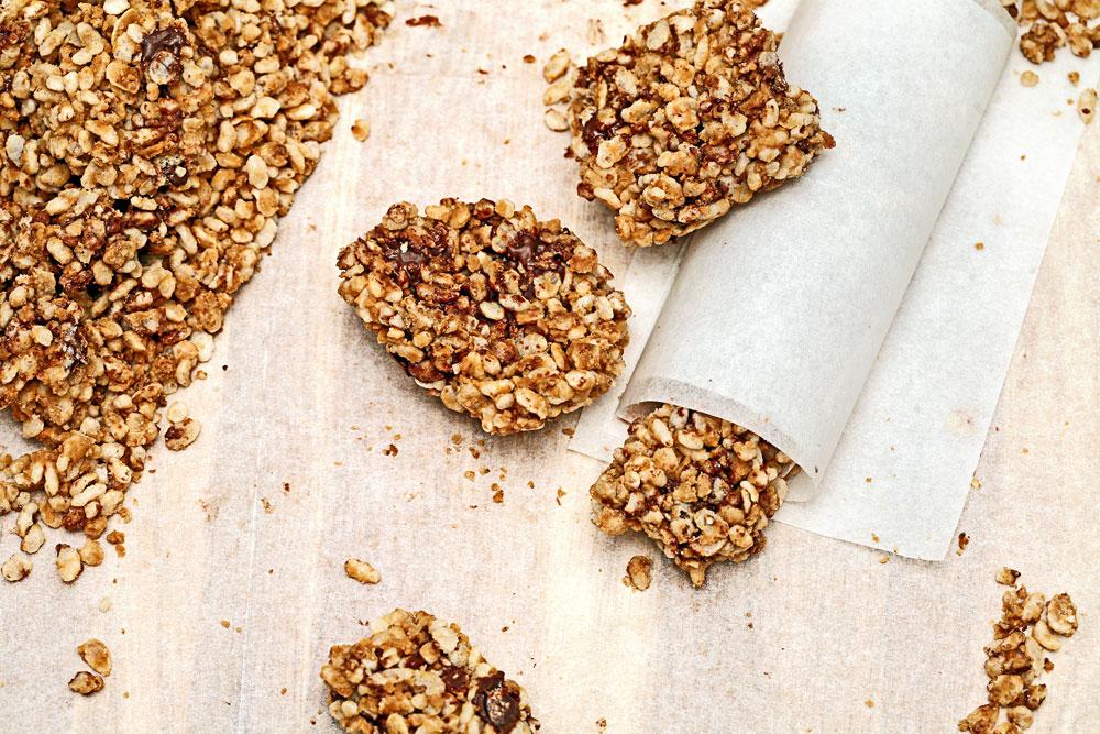 פצפוצי אורז במקום שיבולת שועל. חטיפי אנרגיה בריאים שילדים אוהבים (צילום: עדי קראוס)