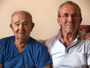דב עם האח האובד משה (צילום רפרודוקציה: עדי אדר)