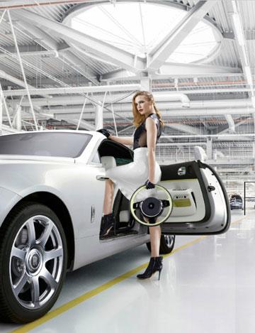 מחיר המכונית: מעל 280 אלף יורו